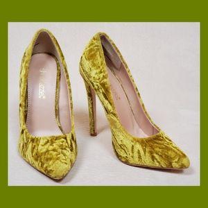 Gold crushed velvet heels